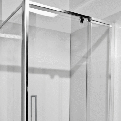 Semi-framless shower